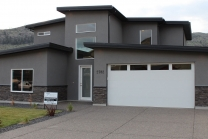 2782 Beachmount Crescent